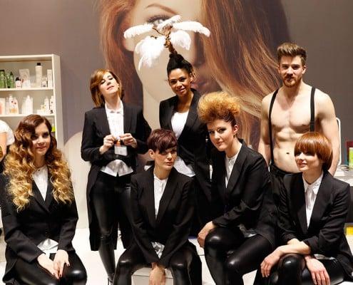 Team in schwarz-weiß