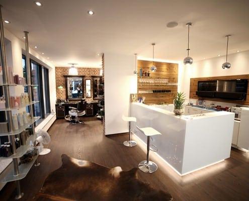 Der Salon - Blick auf die Küche
